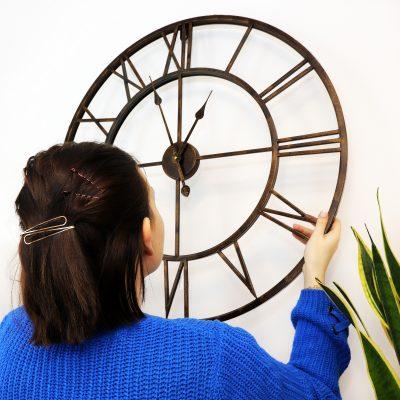 No assemble Wall Clock